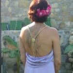 particolare scollatura dietro, ho usato una cintura per decorare la schiena!
